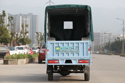 2 Passenger Adult Tricycle for Cargo, Cargo Tricycle with Cabin, Tricycle pictures & photos