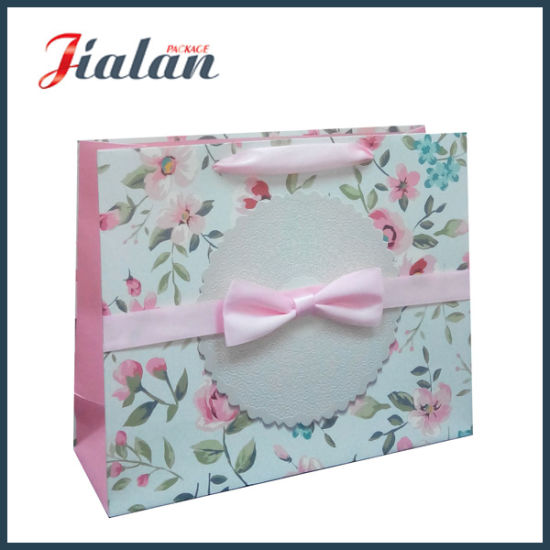 Luxury Ivory Paper Flowers & Bowknot Shopping Gift Paper Bag