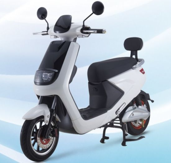 China Hot Sale New Electric Scooter with Pedal Assisted pictures & photos