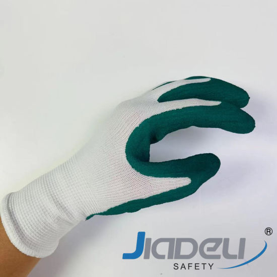 Family Daily Protective Garden Working Safety Kids 13 Gauge Nylon Liner with Green Foam Latex Labor Work Gloves