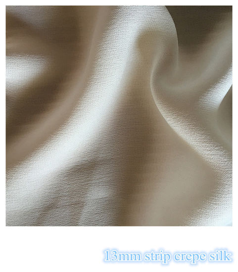 Strip Crepe Silk Fabric for The Casual Dresses