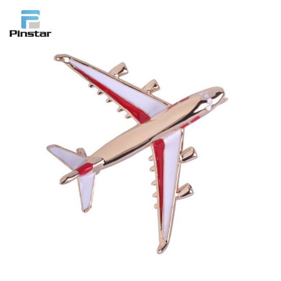 Cheap Price Custom Made Gold 3D Boeing 777 Aircraft Pin Badge pictures & photos