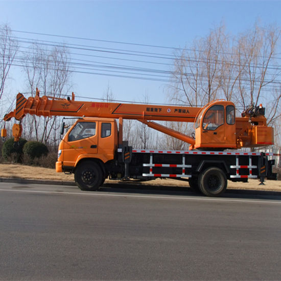Chinese Hydraulic Truck Mobile Crane with 10t Capacity pictures & photos