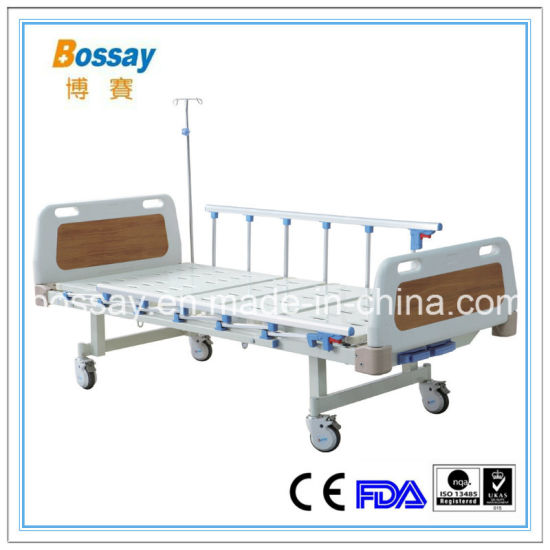 Cheap Ce Approval Two Cranks Care Bed Manual Hospital Bed pictures & photos