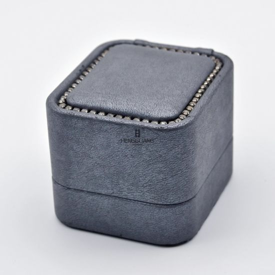 Custom Real Leather Round Corner Plastic Jewelry Wedding Ring Gift  Display Storage Packaging Box