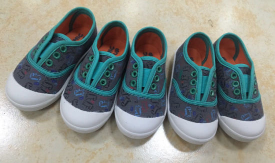 e0451a4f74d High-Quality-Injection-Children-Canvas-Shoes-Slip-on-Sneakers -Shoes-Customized-Shoe-FHP107-9-.jpg
