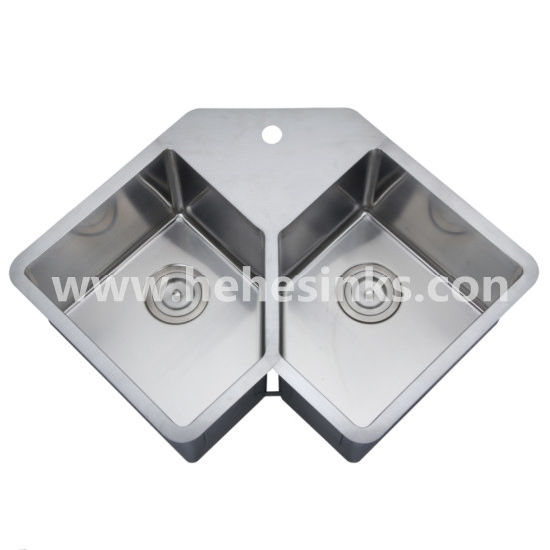 V Shape Double Bowl Stainless Steel Handmade Bar Sink, Handcraft Kitchen Sink (HMRD3322) pictures & photos