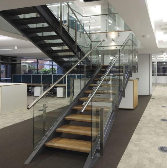 Single Stringer Tempered Glass Railing Straight Iron Stair