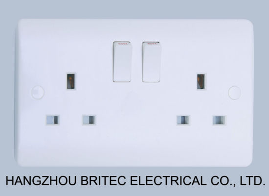 2 Gang Double Pole Switched 13 AMP Socket