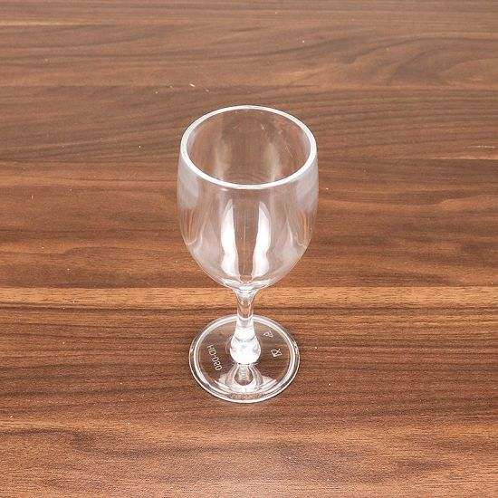 Customized Hand-Blown Stock Wine Glass pictures & photos
