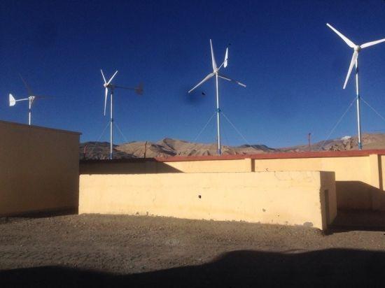 10kw 220V/240V/380V Home Use Low Rpm Horizontal Wind Turbine Generator (SHJ-WH10K)
