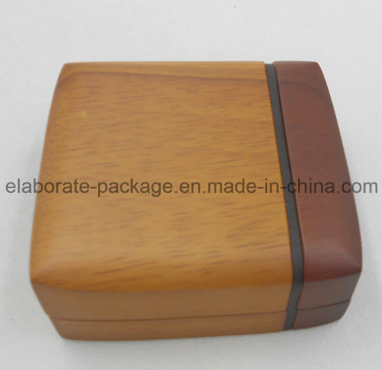 Custom Unique Engraved Wood Jewelry Gift Box pictures & photos