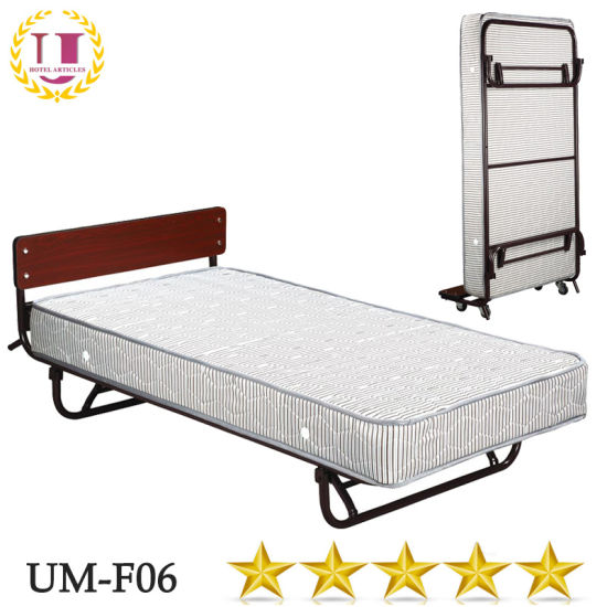 China Hotel Bedroom Furniture Metal Murphy Bed with Wheels   China