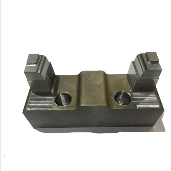 Customized Precision Stainless Steel Auto/Car CNC Machinery/Machined/Machining Parts for Hardware Car Accessories