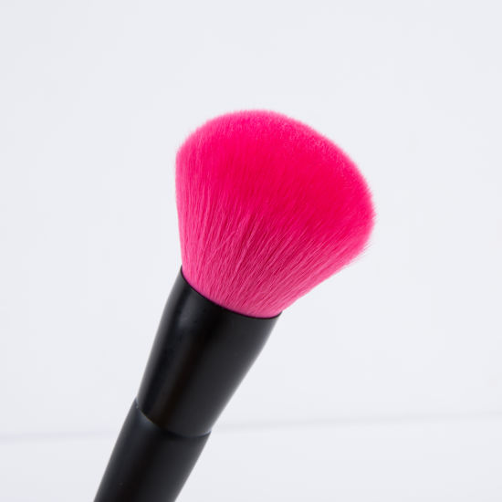 Single Synthetic Hair Powder Cosmetic Makeup Brush pictures & photos