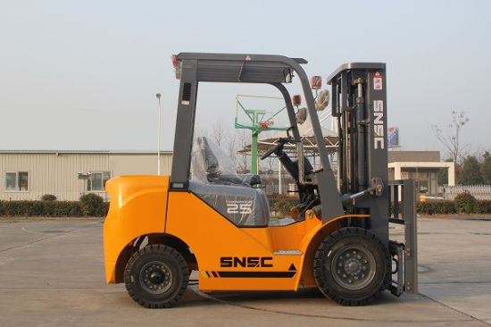 China 2500kgs Forklift Price