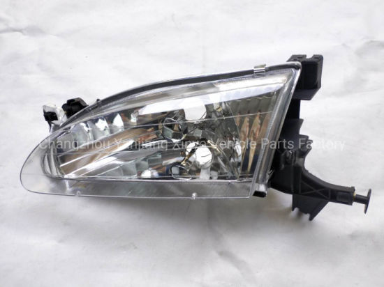 Auto Head Lamp for Corolla `98-`01 U. S. a pictures & photos