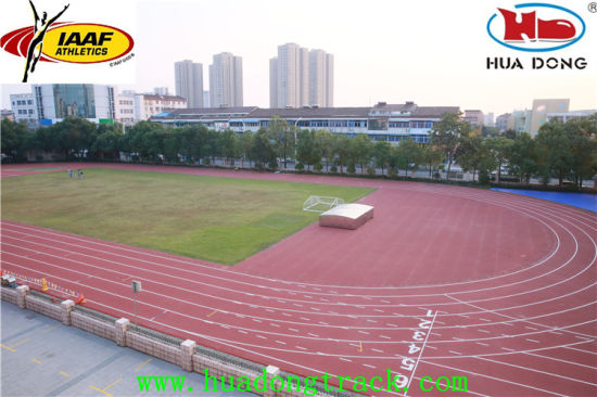Prefabricated Rubber Running Track Rolls pictures & photos