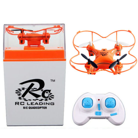 En71 Approval 2.4G 6 Channel Mini R/C Toy UFO with Light and Gyro (10232109)