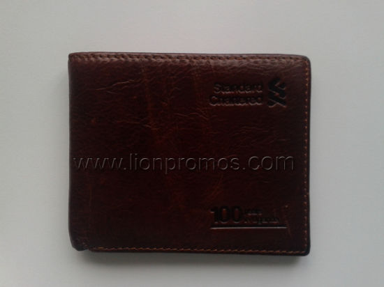 Standard Chartered Bank Logo Embossed Men Cow Leather Wallet pictures & photos