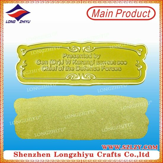 Die Casting Custom Rectangle Shape Gold Plating Metal Labels/Nameplate pictures & photos