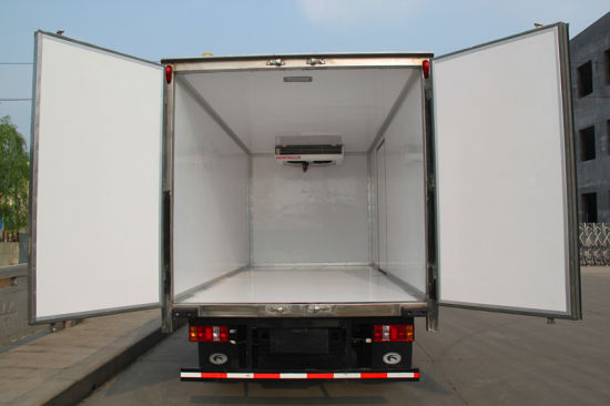 Fiberglass PU Composite Panel Refrigerated Truck Body pictures & photos