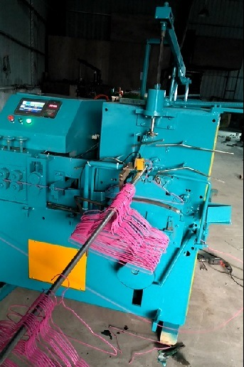 China Factory High Quality Automatic Hanger Making Machine