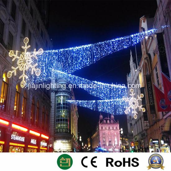 outdoor christmas street light decoration