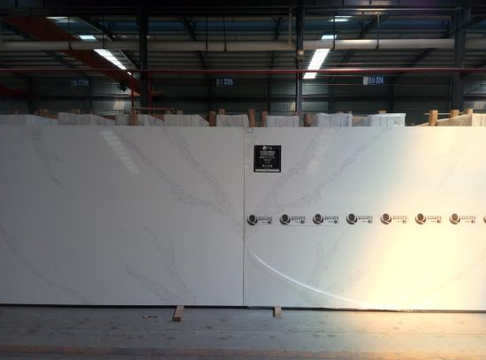 White Artifical Quartz Stone Solid Surface Decoration for Kitchen Countertop pictures & photos