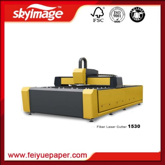 High-Speed Fabric Laser Cutting Machine with 3000mm*1500mm Working Area pictures & photos
