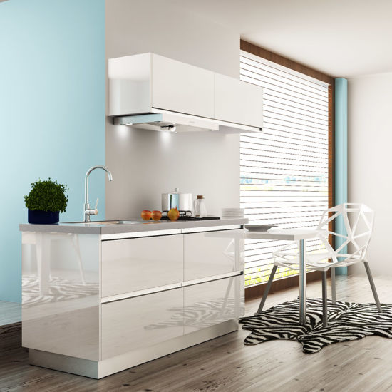 Hotel Project Modern Lacquer Wooden Wholesale Modular Kitchen Furniture (OP15-L02) pictures & photos