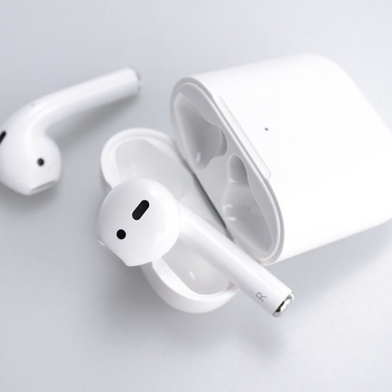 China High Quality Wireless Bluetooth Earbuds For Apple Airpods 2 With Full Functions China Wireless Headset And Tws Earphones Price