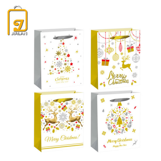2020 New Christmas Gift Packaging Paper Bags with Hot Stamping