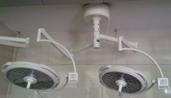 LED Double Arm Shadowless Hospital Equipment Operation Ceiling Light pictures & photos