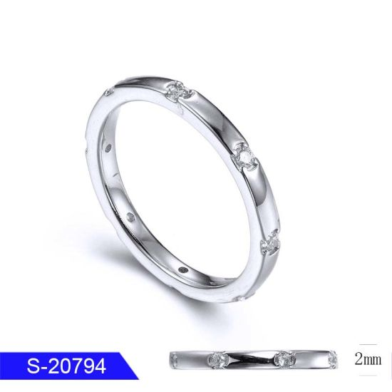 Wholesale Imitation Jewellery 925 Sterling Silver or Brass CZ Ring for Women pictures & photos
