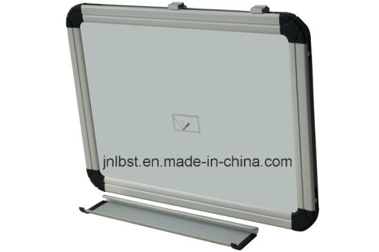 High Quality Corrugated Cardboard Whiteboard, Anti-Scratch Magnetic Whiteboard pictures & photos