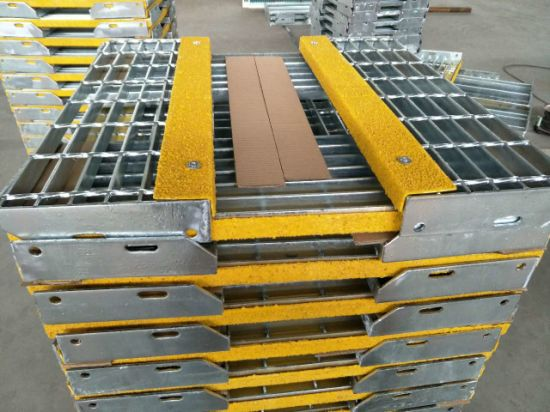 Tec Sieve T6 Galvanized Bar Grating Safety Steel Stair Treads With Yellow  Nonskid Nosings