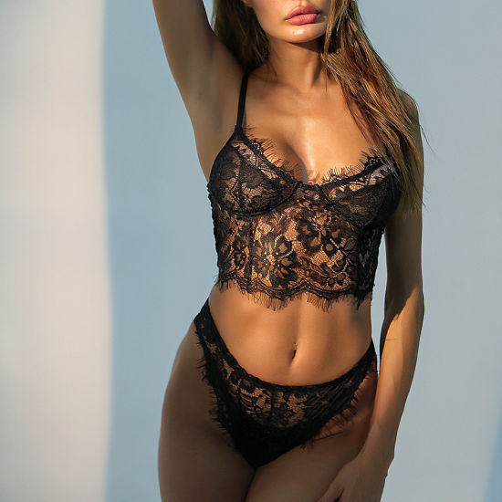 2019 Sexy Women's Lace Bralette and Panty Set Factory Wholesale Ml6724