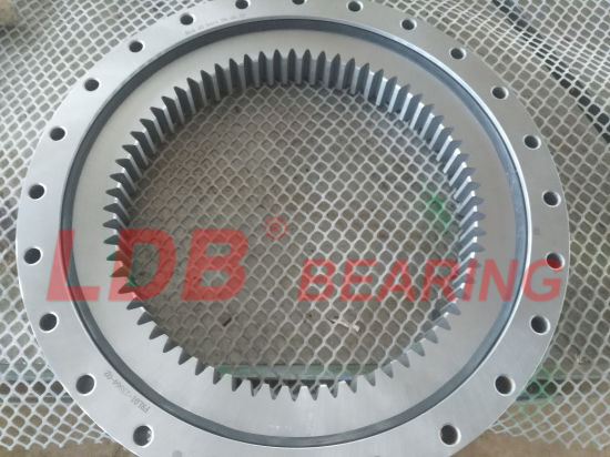 Single-Row Four Point Contact Ball Slewing Bearing 9I-1b35-1170-1266 with Internal Gear pictures & photos