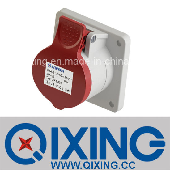 IP44 32A 3p Industrial Plug and Socket (QX1395) pictures & photos