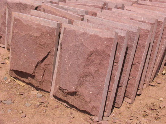 Natural Red/Green/Grey/Yellow/White/ Sandstone for Paving / Tiles pictures & photos