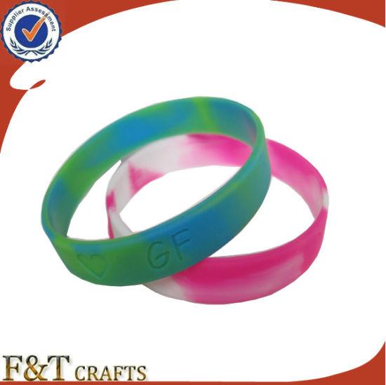 Cheap Promotional Love Couple Souvenir Gift Custom Logo Silicone Bracelet (FTSB8252J)