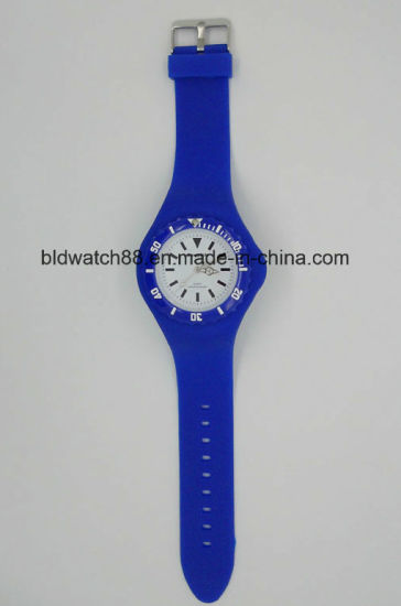 Hot Sale Analog Silicone Watches Unisex Toy Watch Colorful pictures & photos
