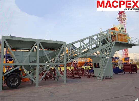 35m3 Mobile Concrete Producing Mixing Plant of Construction Machine