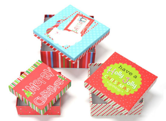 Gift Paper Boxes of Square for Christmas pictures & photos