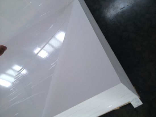 4X8′ White PVC Foam Board with Pallet Packing pictures & photos