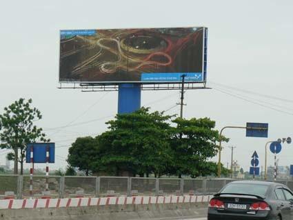 Unipole Tri-Vision Billboard for Advertisement Display