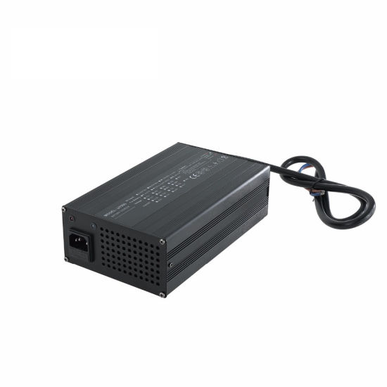 900W Lithium Battery Charger 72V 10A for Lithium Ion Batteries pictures & photos