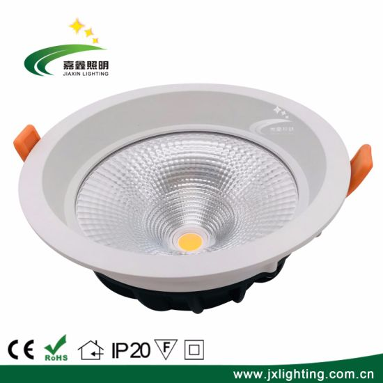 High Quality Die Casting Aluminum LED Ceiling Downlight 20W pictures & photos