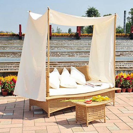 Stylish European Style Wicker Outdoor Leisure Furniture Sun Lounger Daybed pictures & photos